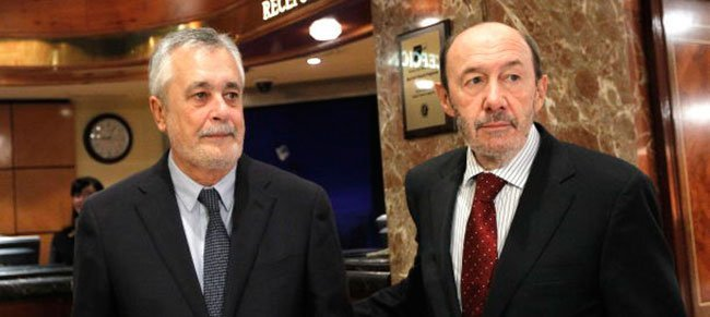Griñán y Rubalcaba. (EFE)