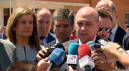 El Ministro Fernández Díaz, durante sus declaraciones obre las redes sociales (EFE)