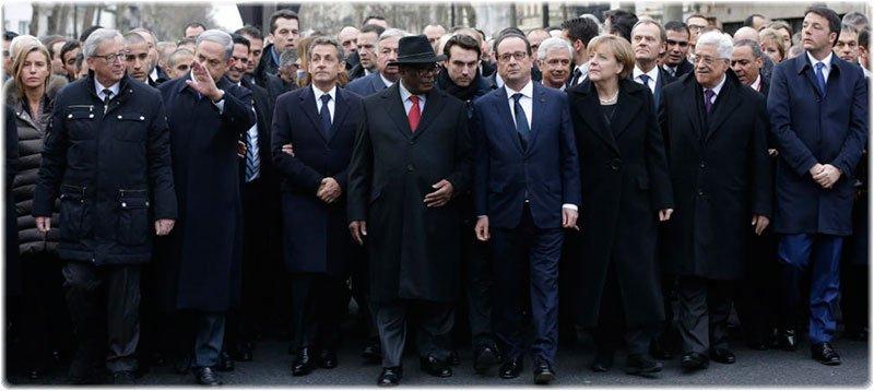 Hollande, Juncker, Netanyahu, Keita, Merkel, Abbas y Renzi, durante la marcha en París tras los atentados del 'Charlie Hebdo' (Reuters).