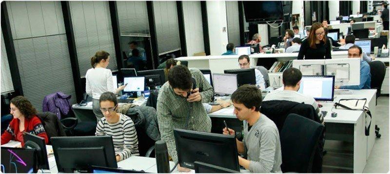 Redacción de 'El Confidencial'. (Foto: Enrique Villarino)