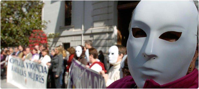 Manifestación contra la violencia de género en Granada. (Efe)