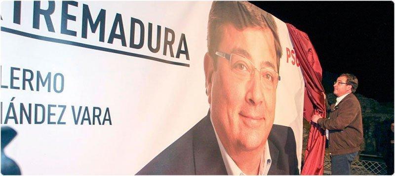 Inicio de campaña del PSOE en Extremadura con Guillermo Fernández Vara. (Efe)