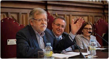 Rodríguez Ibarra imparte una conferencia en la UPSA
