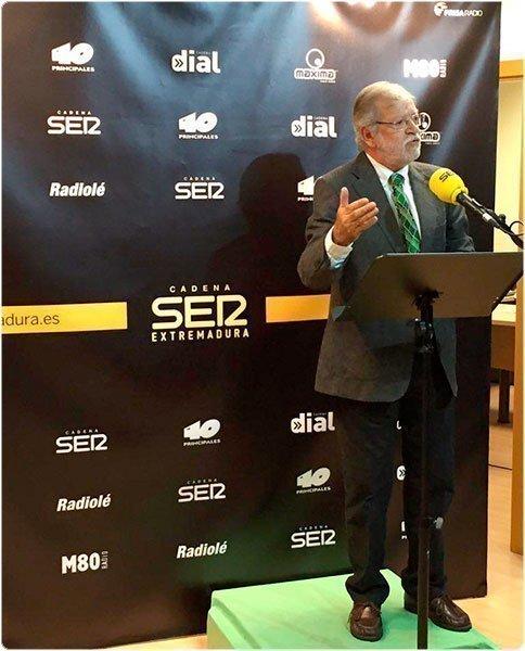 """JCRI durante la presentación de """"Extremadura 80 años"""""""