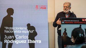 """JCRI durante la conferencia """"Proteccionismo nacionalista español"""""""