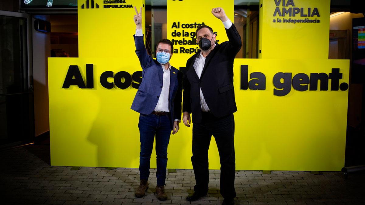 Oriol Junqueras y Pere Aragonés celebran el resultado electoral en Cataluña. Europa Press