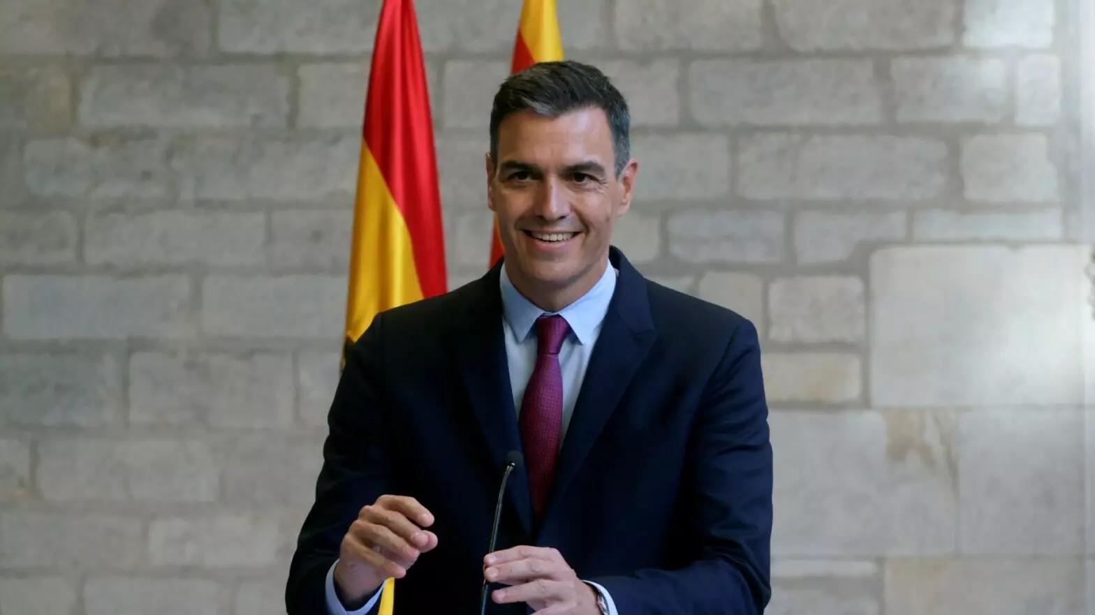 El presidente del Gobierno, Pedro Sánchez, en el Palau de la Generalitat. EFE